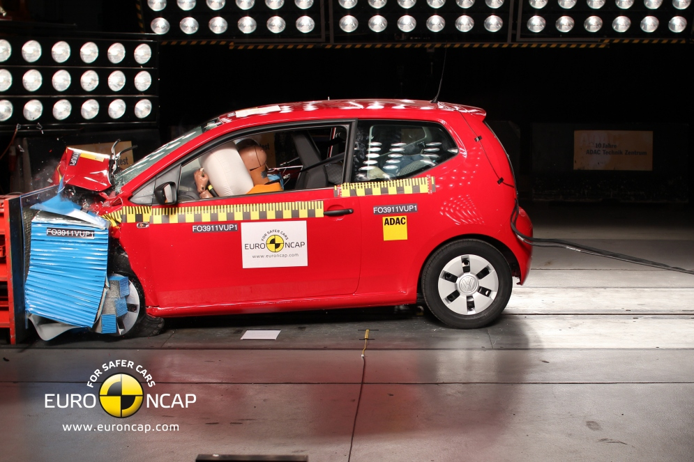 VW_Up_2011_Front.jpg