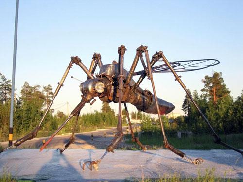 10. komar